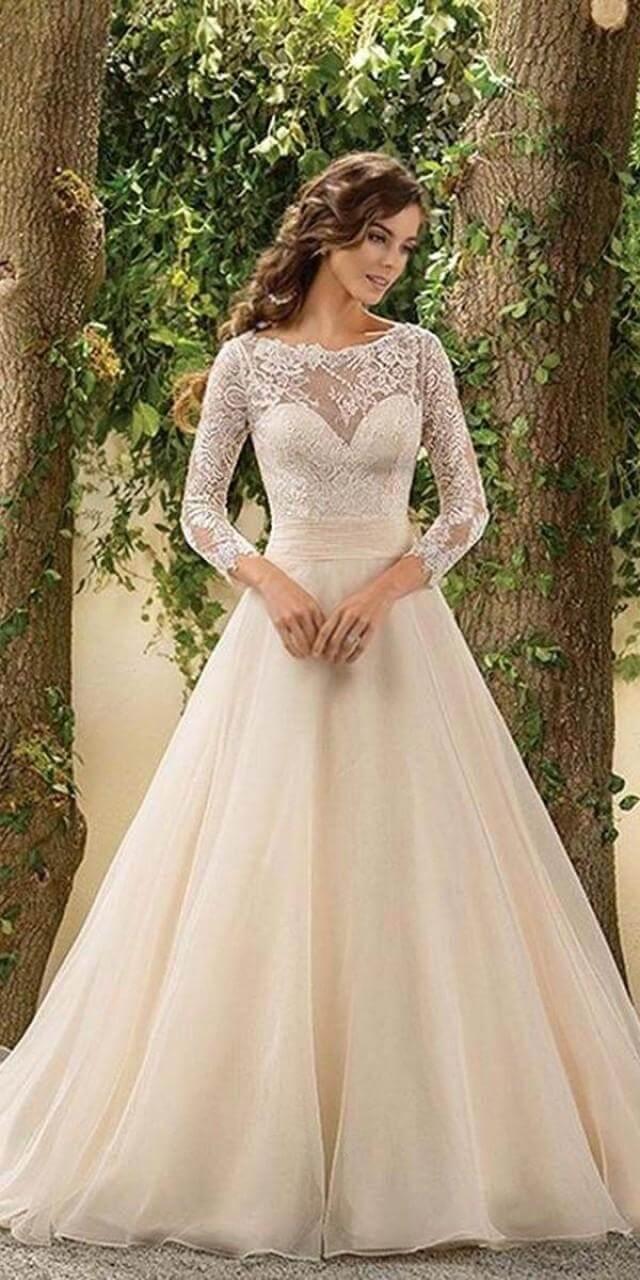 24-chic-long-sleeved-wedding-dresses (1)