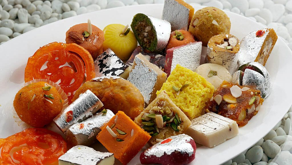 5-sweet-shops-in-surat-that-you-must-check-out-for-indian-wedding-sweets (1)