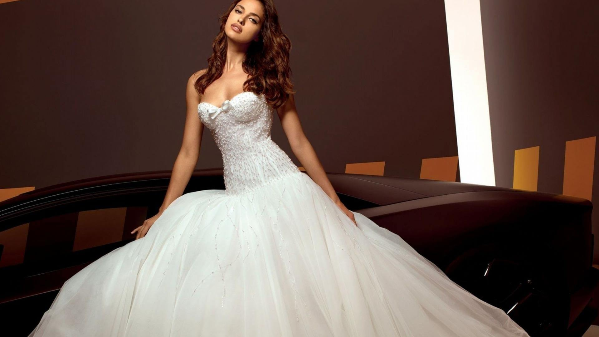 The-most-expensive-wedding-dresses-8 (1)