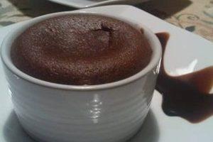 طريقة عمل سوفليه الشوكولاتة بالصور